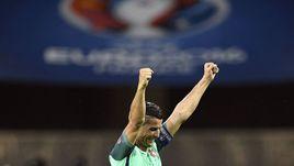 Вчера. Лион. Португалия - Уэльс - 2:0. КРИШТИАНУ РОНАЛДУ.