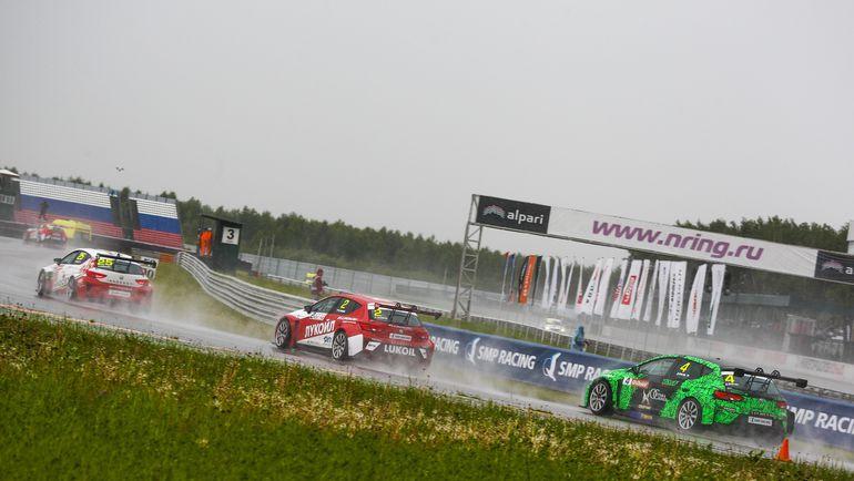 Российская серия кольцевых гонок становится популярнее и среди зрителей.
