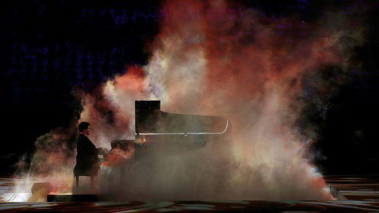 23 февраля 2014 года. Сочи. Денис МАЦУЕВ на церемонии закрытия Олимпиады. Фото REUTERS