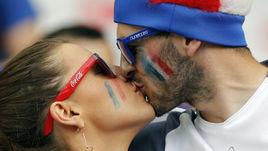 Французский поцелуй для сборной Португалии