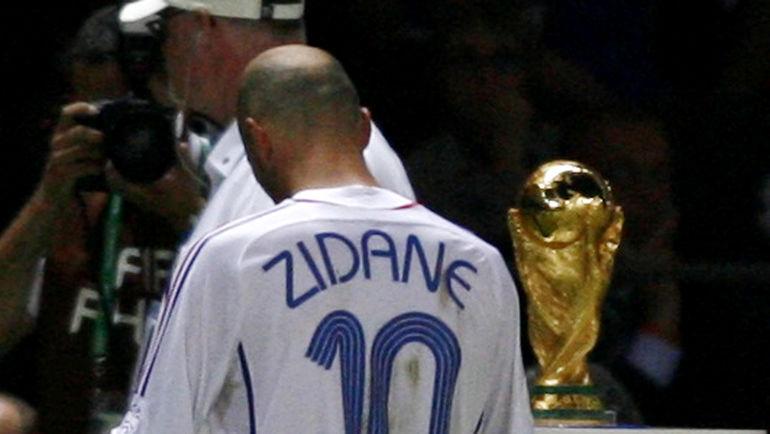 9 июля 2006 года. Италия - Франция - 1:1 (пен. - 5:3). Зинедин ЗИДАН. Фото Reuters