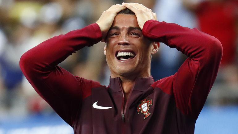 Вчера. Сен-Дени. Португалия - Франция - 1:0. 109-я минута. Эмоции КРИШТИАНУ РОНАЛДУ после золотого гола Эдера. Фото Reuters
