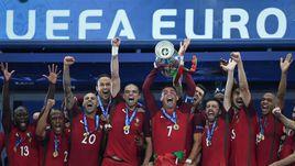 Вчера. Сен-Дени. Португалия - Франция - 1:0. Вокруг победы португальцев на Euro будет еще много споров.