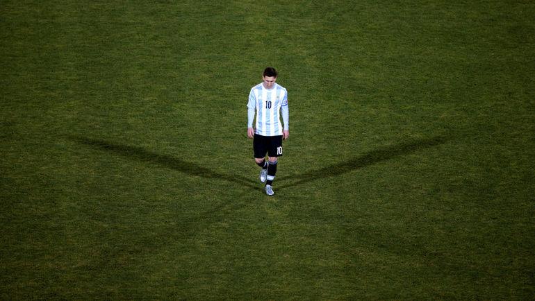 Лионель МЕССИ: три проигранных финала за три года. Фото Reuters