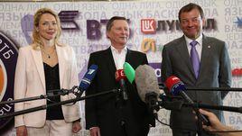 Илона КОРСТИН, Сергей ИВАНОВ и Сергей КУЩЕНКО отвечают на вопросы журналистов.