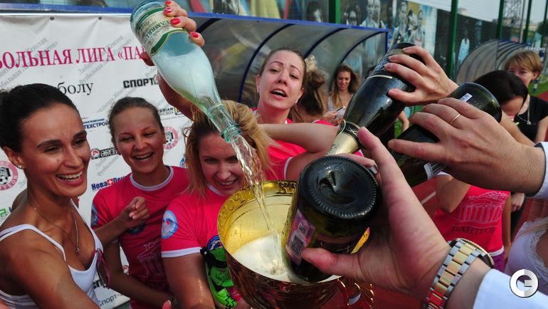 Сегодня. Турнир весеннее-летнего Кубка Москвы по футболу среди женских любительских команд. Плей-офф.