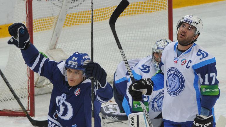 Алексей КАЛЮЖНЫЙ (справа). Фото Татьяна ДОРОГУТИНА