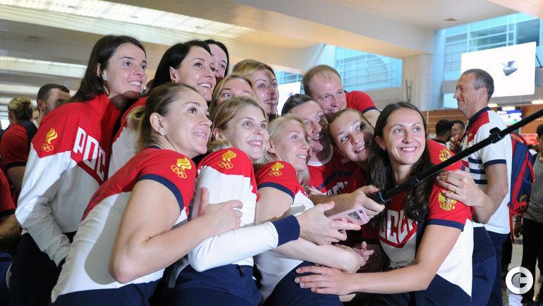 Сегодня. Шереметьево. Проводы олимпийской сборной России на Олимпиаду в Рио-де-Жанейро.