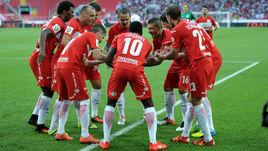 """Сегодня. Москва. """"Спартак"""" - """"Арсенал"""" - 4:0. Красно-белые наконец-то начали чемпионат с победы."""