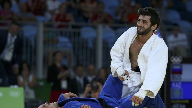 Сегодня. Рио-де-Жанейро. Секунду назад Беслан МУДРАНОВ стал олимпийским чемпионом. Фото REUTERS
