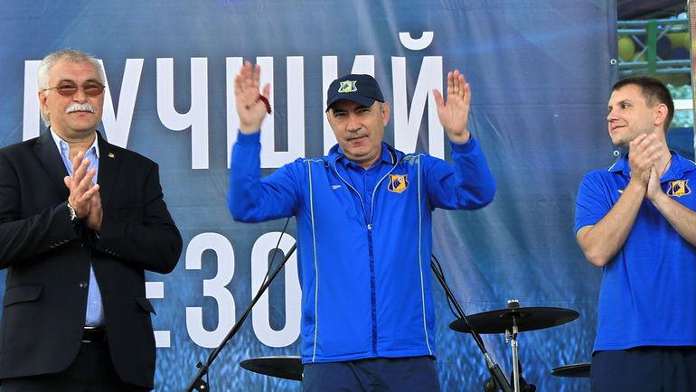 Автор ростовского серебра Курбан БЕРДЫЕВ. Фото Владимир ПОТЕРЯХИН
