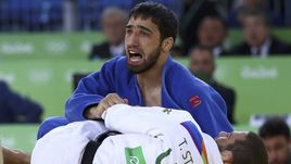 Сегодня. Рио-де-Жанейро. Хасан ХАЛМУРЗАЕВ побеждает в финале Тревиса СТИВЕНСА.