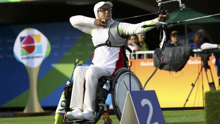 Захру НЕМАТИ уважают все соперницы, которые понимают, насколько сложно стрелять из лука сидя. Фото REUTERS