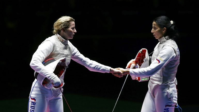 Инна ДЕРИГЛАЗОВА (слева) и Ада ШАНАЕВА в полуфинале. Фото REUTERS