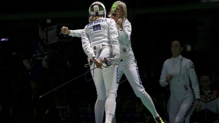 Татьяна ЛОГУНОВА (справа) и Виолетта КОЛОБОВА. Фото REUTERS