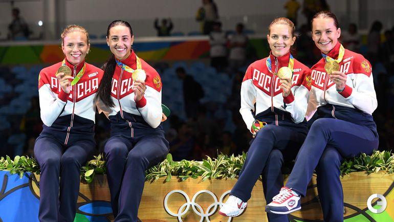 Суббота. Рио-де-Жанейро. Фехтование. Россия - Украина - 45:30. Россиянки - золотые медалистки.
