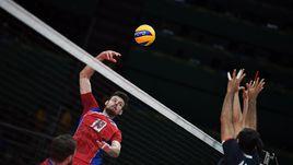 Исинбаева помогла волейболистам победить Иран