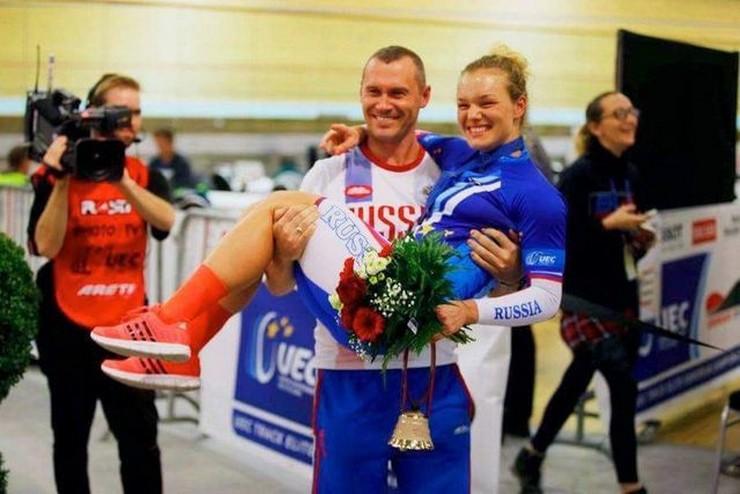 Владимир КИРИЛЬЦЕВ и его подопечная Анастасия ВОЙНОВА. Фото tula-sport.ru