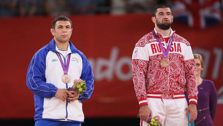 Бронзовый призер Игр в Лондоне Билял МАХОВ (справа). Фото Reuters