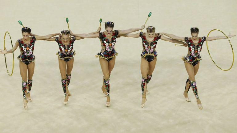 Сборная России по художественной гимнастике в групповых упражнениях. Фото AFP