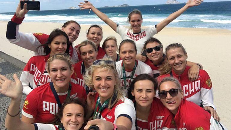 Женская сборная России по гандболу. Фото instagram.com/annapetrenko8/