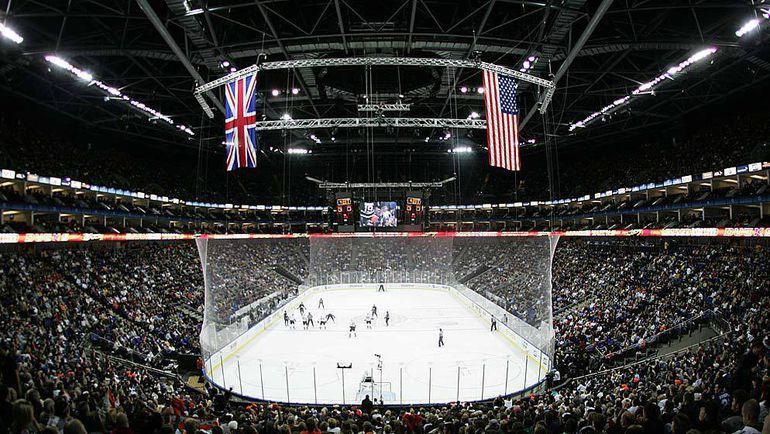 """2007 год. Лондон. """"Лос-Анджелес"""" - """"Анахайм"""" - 1:4. НХЛ неоднократно проводила в Лондоне выставочные матчи, а в 2007-м организовала на """"O2 Арене"""" две встречи регулярного чемпионата. Фото REUTERS"""
