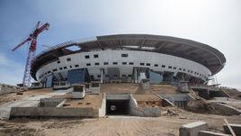 11 июня 2016 года. Санкт-Петербург. Стройка стадиона на Крестовском острове.