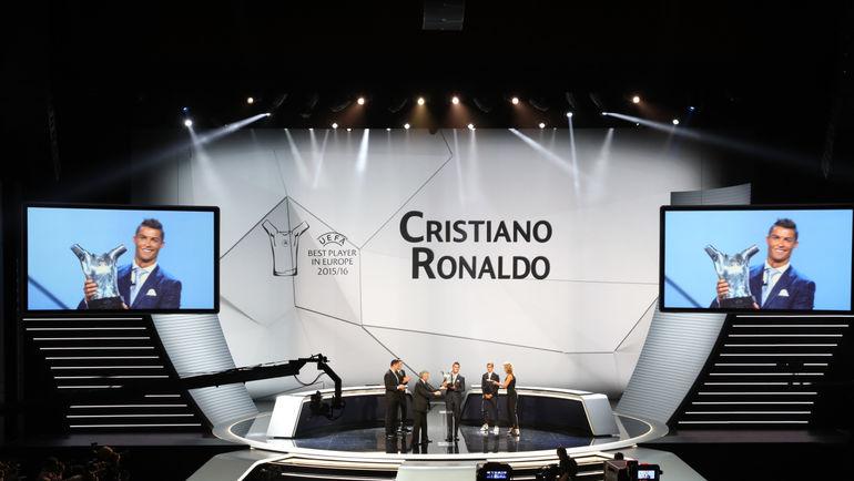 Сегодня. Монте-Карло. КРИШТИАНУ РОНАЛДУ признан лучшим игроком Европы прошедшего сезона. Фото UEFA