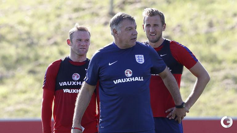 Сегодня. Тренировка сборной Англии. Уэйн РУНИ, Сэм Эллардайс и Харри КЕЙН.