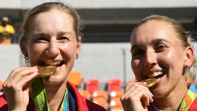 Олимпийские чемпионки Рио Екатерина МАКАРОВА и Елена ВЕСНИНА. Фото AFP