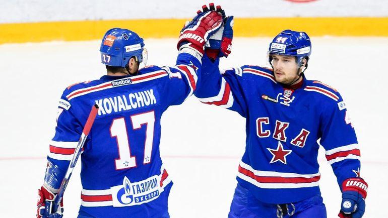 Илья КОВАЛЬЧУК и Егор ЯКОВЛЕВ. Фото ХК СКА/SKA.RU