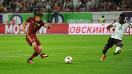 Сегодня. Москва. Россия - Гана - 1:0. 20-я минута. Голевой удар Федора СМОЛОВА.