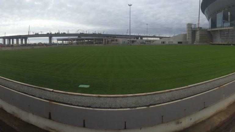 """Выкатное поле стадиона на Крестовском острове. Фото Гоша ЧЕРНОВ, """"СЭ"""""""