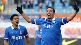 Ноябрь 2014 года. Динамовцы Кевин КУРАНЬИ и Кристиан НОБОА (слева).