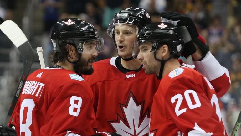 Среда. Питтсбург. Канада - Россия - 3:2 ОТ. Канадцы празднуют победу. Фото REUTERS
