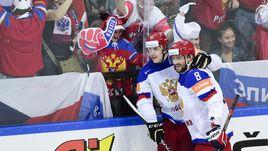 Главным звездам сборной России - Евгению МАЛКИНУ (слева) и Александру ОВЕЧКИНУ - пока не удавалось выигрывать международные турниры с участием всех сильнейших. Время пришло?