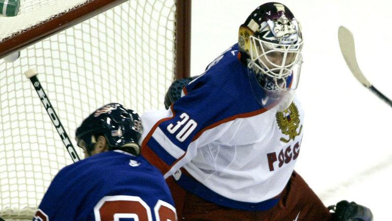 Илья БРЫЗГАЛОВ (справа) в матче со сборной США. Фото REUTERS