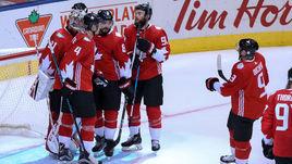 Суббота. Торонто. Канада - Чехия - 6:0. Сборная Канады празднует победу.