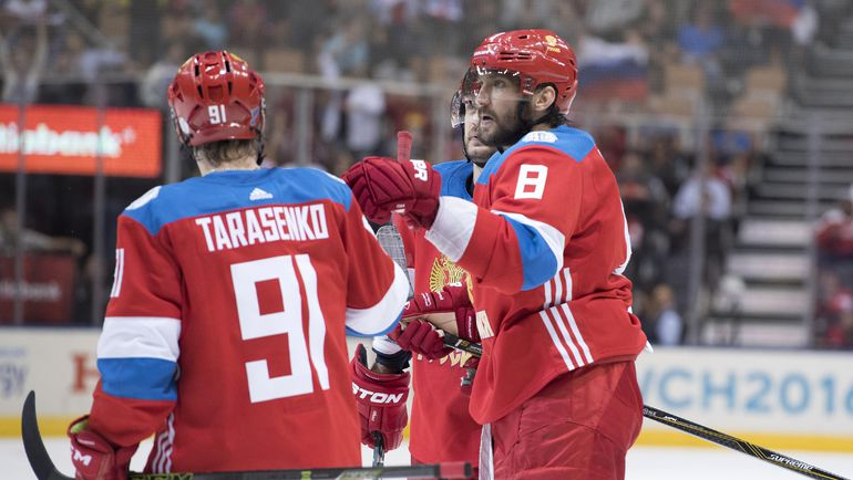 Владимир ТАРАСЕНКО и Александр ОВЕЧКИН. Фото USA TODAY Sports
