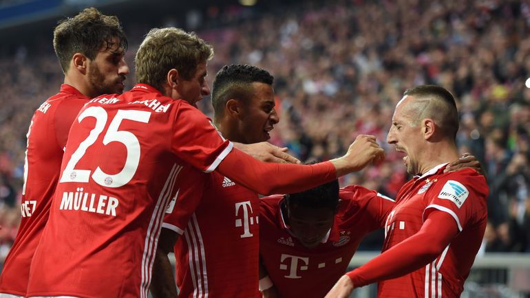 "Игроки ""Баварии"" празднуют забитый гол. Фото AFP"