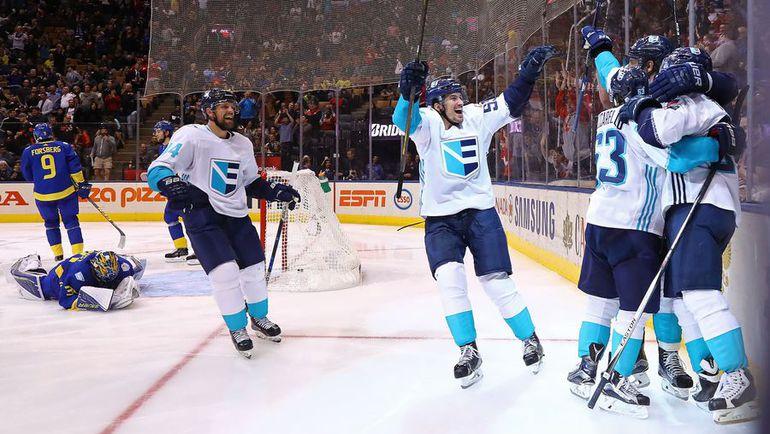 Сегодня. Торонто. Швеция - Европа - 2:3 ОТ. Сборная Европы празднует выход в финал Кубка мира. Фото AFP