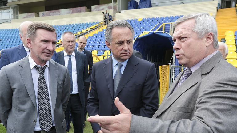 Виталий МУТКО (в центре) и Василий ГОЛУБЕВ.