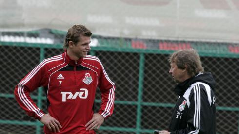 Семин готов сняться в клипе Тарасова, Лоськов пока отказывается думать о прощальном матче