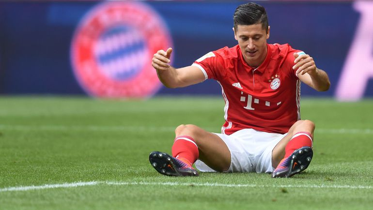 """Сегодня. Мюнхен. """"Бавария"""" - """"Кельн"""" - 1:1. Роберт ЛЕВАНДОВСКИ не смог отличиться в своем 200-м матче в бундеслиге. Фото AFP"""