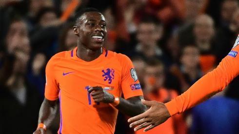 Промес обеспечил победу Голландии. Роналду превзошел Ибрагимовича