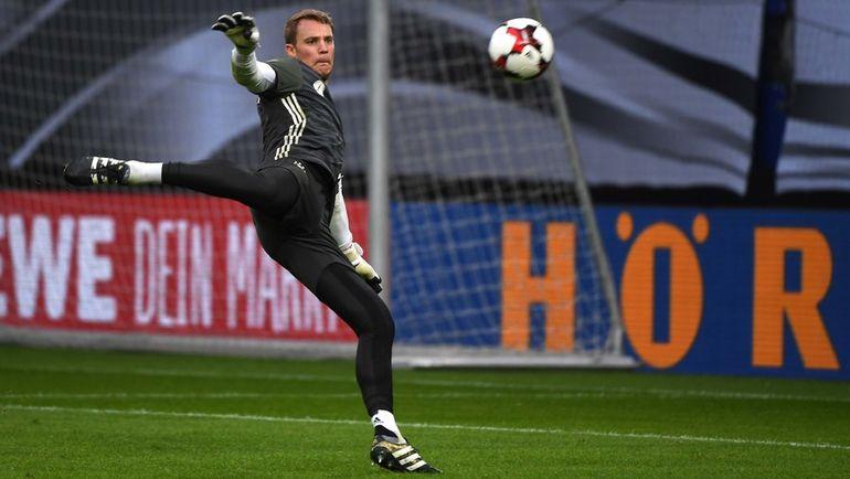 Вратарь сборной Германии Мануэль НОЙЕР. Фото AFP