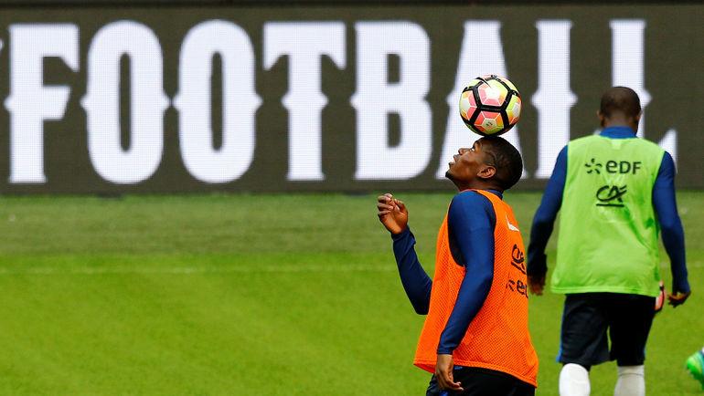 Поль ПОГБА в воспитательных целях не сыграет против Голландии? Фото AFP