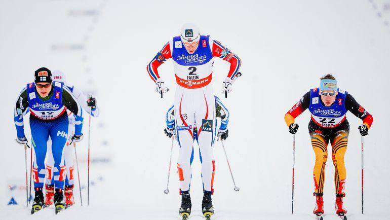 Международная лыжная федерация (FIS) приняла решение ограничить максимальную длину палок на всех соревнованиях. Фото REUTERS