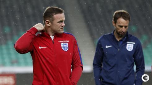 Руни начнет матч против Словении на скамейке запасных
