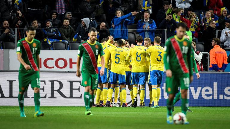 Понедельник. Стокгольм. Швеция - Болгария - 3:0. Хозяева разгромили болгар и вышли в лидеры группы А. Фото Reuters